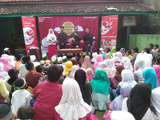 Smartfren Commmunity Garut Berbagi Karya Merajut Cerita Indahnya Ramadhan