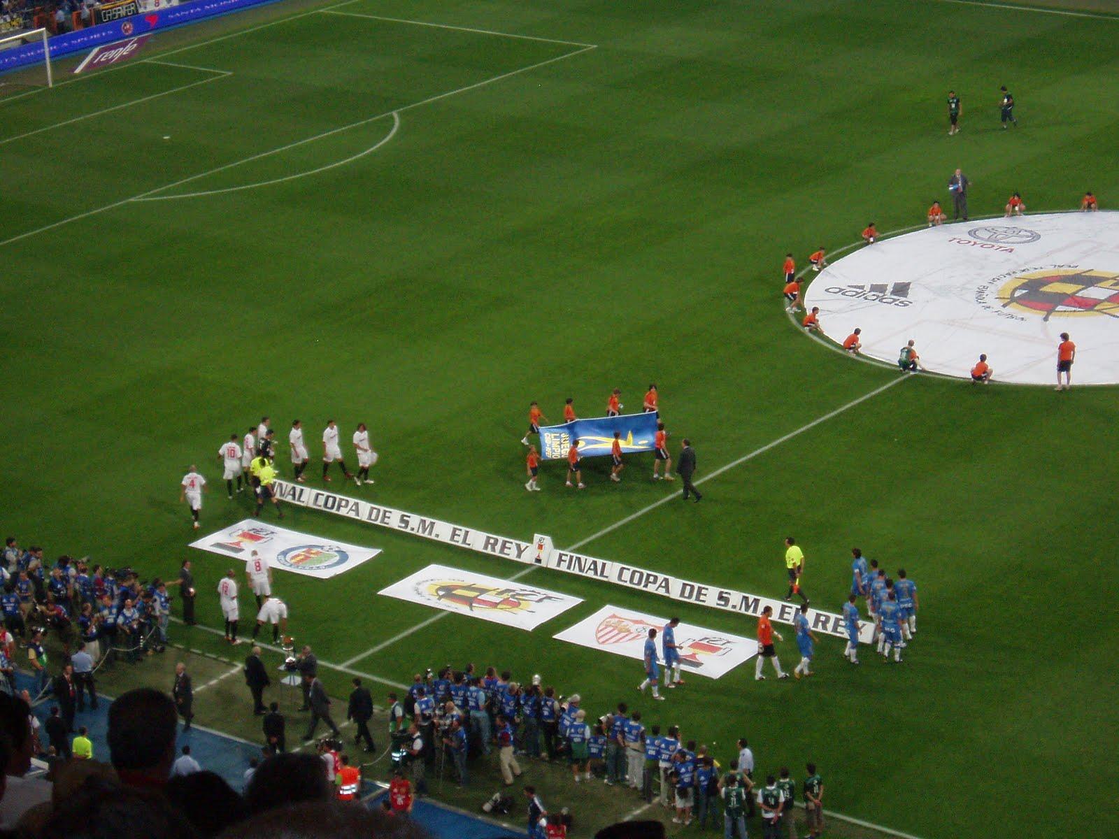 Sevillista de pilas el ultimo partido de javi navarro for Puerta 23 bernabeu