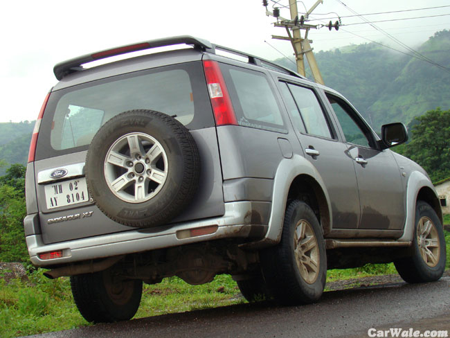 Ford Endeavour, Ford Endeavour price & Review & Mileage