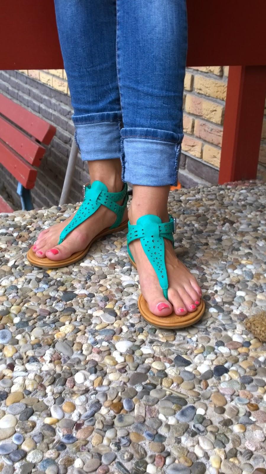 Turquoise sandals - D