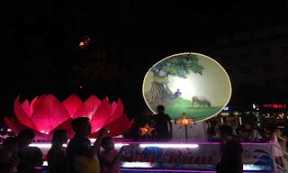 Mô hình đèn lồng của tổ 10 phường Tân Quang