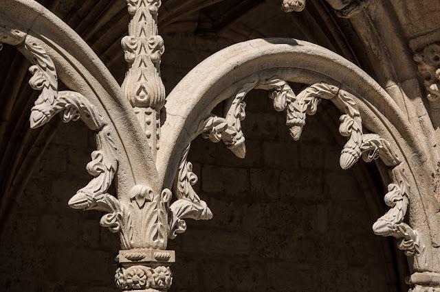 Claustro Alto, Monasterio de los Jerónimos :: Canon ISO100 | Canon 70-200@165mm | f/8.0 | 1/320s