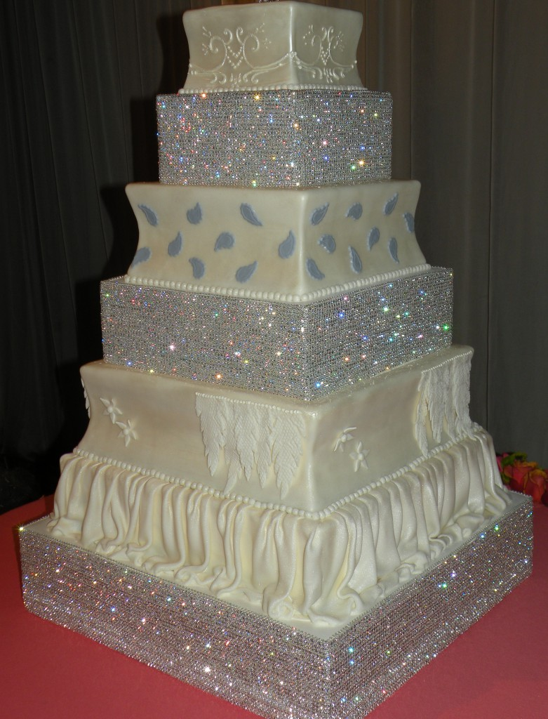 Sparkly Bling Nails: Wedding Cake Bling; Beautiful Cakes That Sparkle & Shine