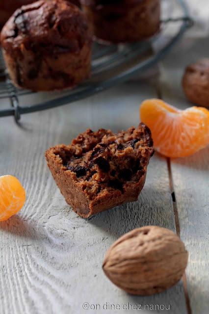 okara , noix , chocolat , mandarines , cakes moelleux