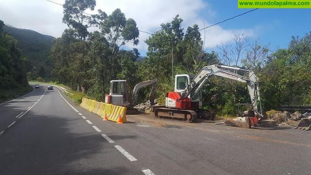 Comienzan las obras del tramo de acera de El Corcho en Puntallana