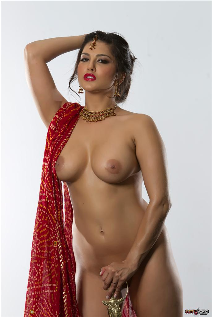 Sunny Leone Nude Indian Saree  Really Ravishing-3661