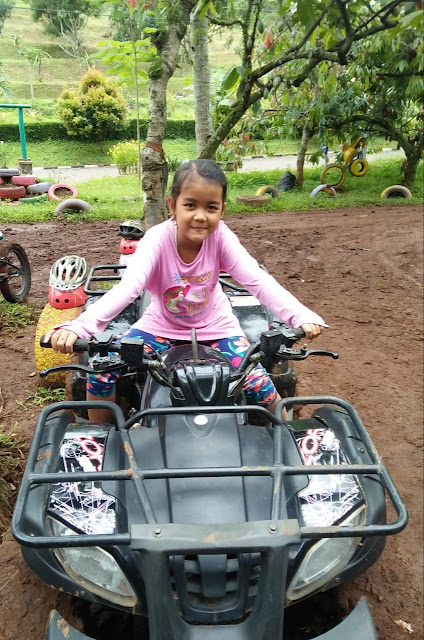 Naik ATV Di Kampoeng Kopi Banaran Bawen