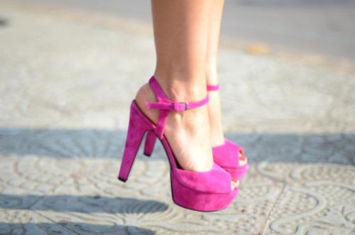 zapatos de tacon azul marino