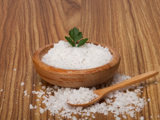Cara Menghilangkan Jerawat Menggunakan Jeruk Nipis dan Garam