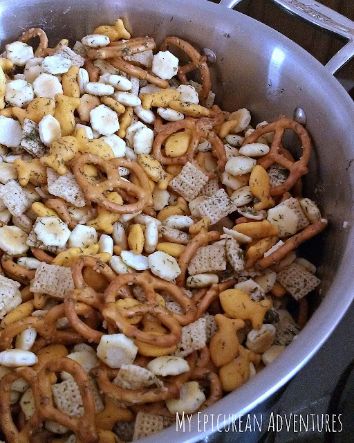 You HAVE to try out this irresistible dilly snack mix, perfect for sharing or hoarding all to yourself. ;)
