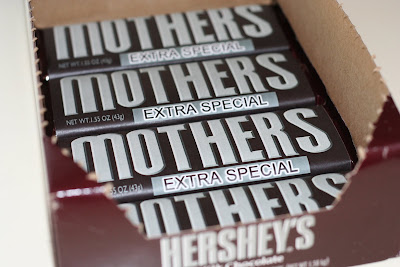 DIY Extra Special Chocolates for Mom to Print Out for Free.