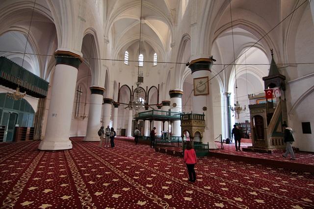 Catedral de Santa Sofia reconvertida en Mezquita Selimiye