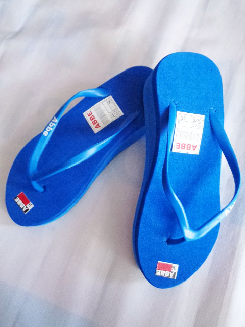 sandal jepit abbe wanita tinggi biru
