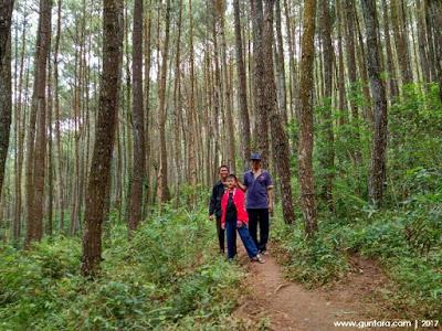 Perjalanan Menuju Puncak Sewu Watu Sangga Langit www.guntara.com