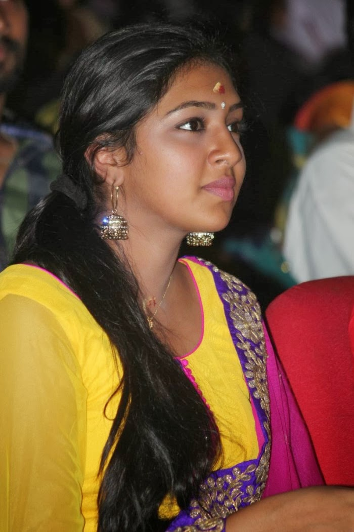 Cute Indian Actress Hd Wallpapers Lakshmi Menon Cute Photos At Pandiyanaadu Audio Launch