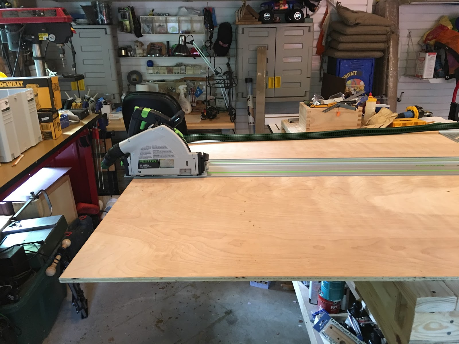 Lair Of The Uber Geek Woodworking For Wargamers Miter Saw Bench