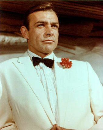 Sean Connery white tuxedo Goldfinger jamesbondreview.filminspector.com