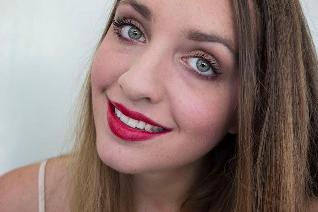 rouges à lèvres clarins  joli rouge