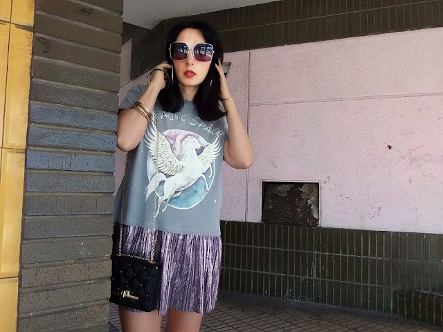 fashion, moda, look, outfit, blog, blogger, walking, penny, lane, streetstyle, style, estilo, trendy, rock, boho, chic, cool, casual, ropa, cloth, garment, inspiration, fashionblogger, art, photo, photograph, Avilés, oviedo, gijón, sunnies, sunglasses, gafas, sol, pegaso, pegasus, zara, asos, sandalias, sandals, shoes