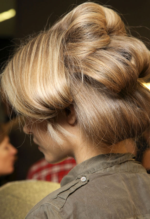 Fashion Hairstyles 2012 Long Amp Bouncy Hairstyles
