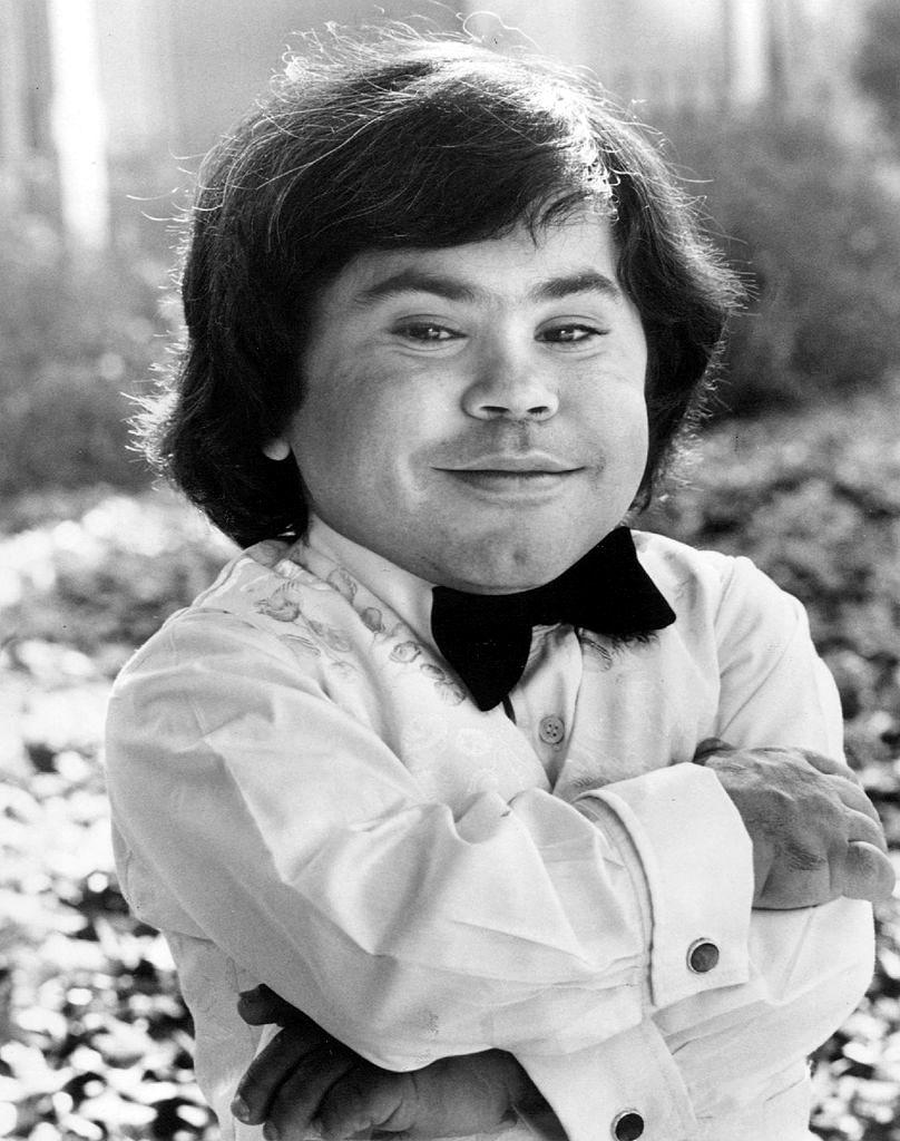 herve villechaize actor fantasy island herve wikipedia midget 1993 1977 pierre jean dwarf suicide french filipino tattoos hollywood north tv