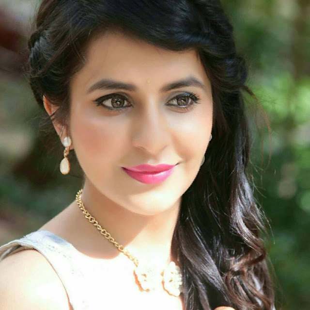 Roop Durgapal husband name, married, hot, instagram, facebook, biography, in balika vadhu, baal veer