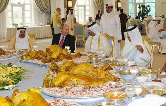 Jangan Licinkan Talam Jika Makan Dengan Pak Arab, Akibatnya..