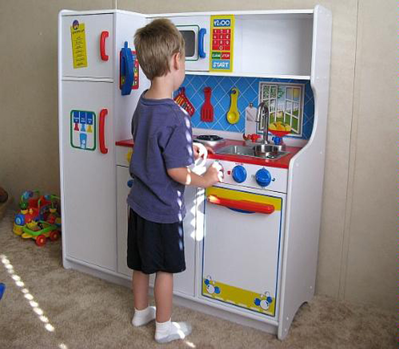 Modern Children S Kitchen Sets Kidkraft Deluxe Let S Cook