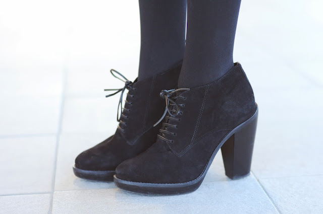 lace up suede boots, what to wear with lace boots