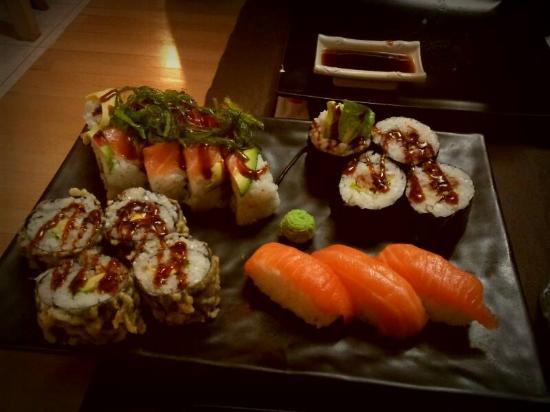 Restoran Jepang di kawasan industri MM2100