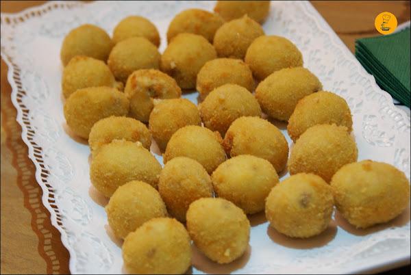Croquetas de jamón ibérico en restaurante Moncholi Madrid Ibiza