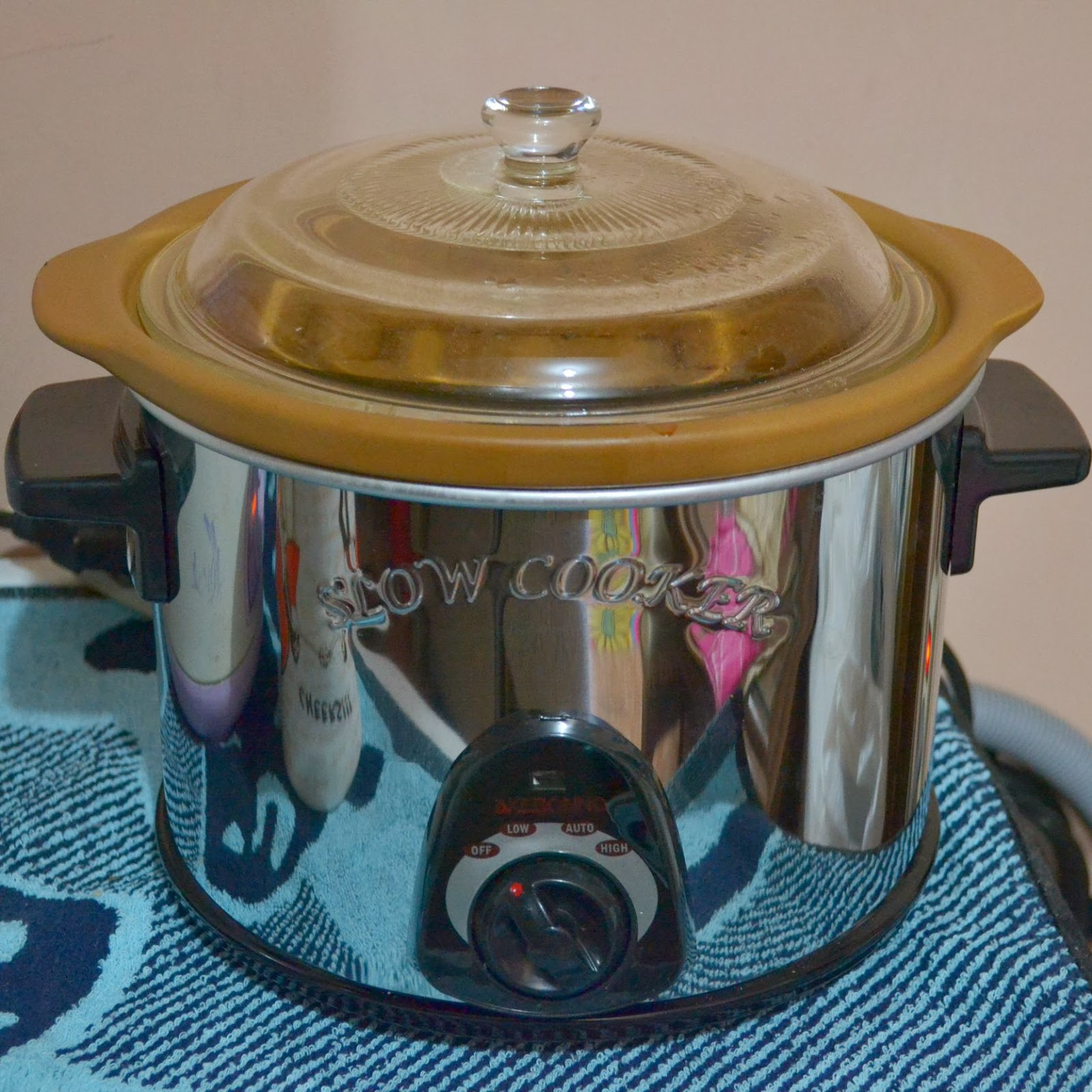 From My Little Kitchen Slow Cooker Aka Crock Pot Pemanas Air Akebonno Kapasitas Isi 8 Liter