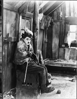 """Чарли Чаплин в фильме """"Золотая лихорадка"""" (1925) - 1"""