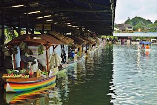 Wisata Floting Market Bandung