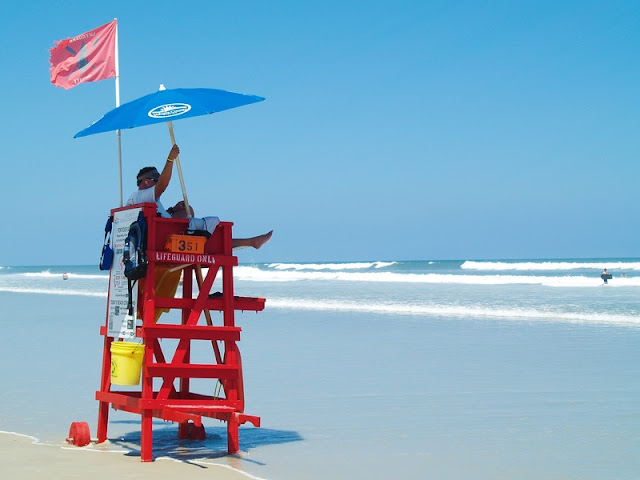 Daytona Beach Life Guard Post