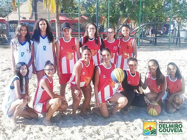 Com apoio da Prefeitura, equipe de basquete de Delmiro Gouveia participa de torneio na capital