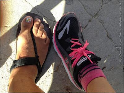 Sandalia y zapatilla, mi chica y yo