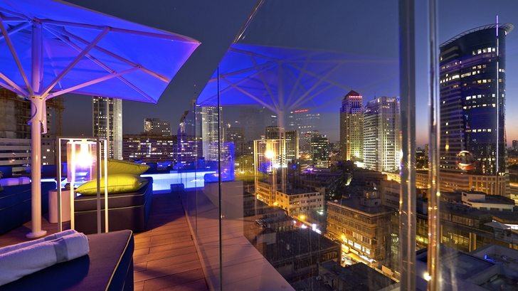 Glass fence in Hotel Indigo in Tel Aviv