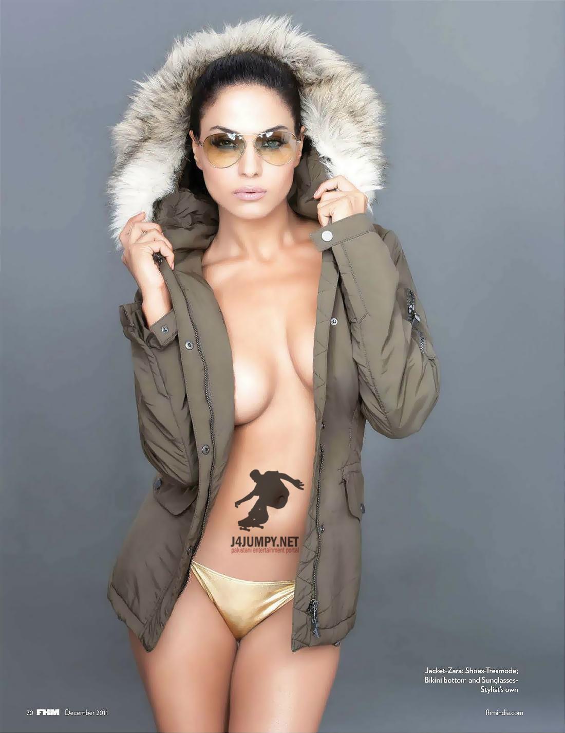 Bollywood Place Veena Malik Claim Fhm Magazine For Posing -5367