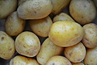 Sałatka ziemniaczana - ziemniaki