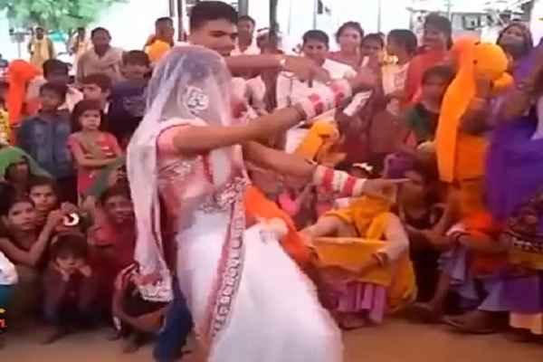 शादी में नयी भाभी का डांस हुआ वायरल, आप भी देखें