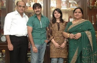 Tarun Kumar Family Wife  Parents children's Marriage Photos