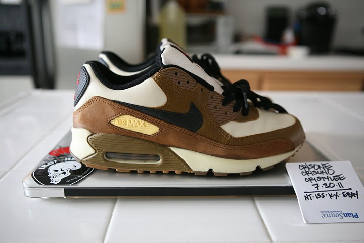 25250ae6d9a Size 8.5 and Under  NIKE AIR MAX 90
