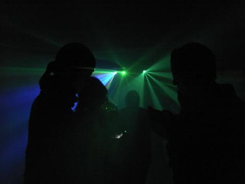 house music, set mix, set mixado, evento, festa, som e dj, dj para festa, festa com dj, dj em sp, dj em sao paulo, balada em casa, dj para evento, contratar dj, dj som e iluminação, dj para festa em sp, aluguel de som sp, contratar dj para festa, preço de dj para festa