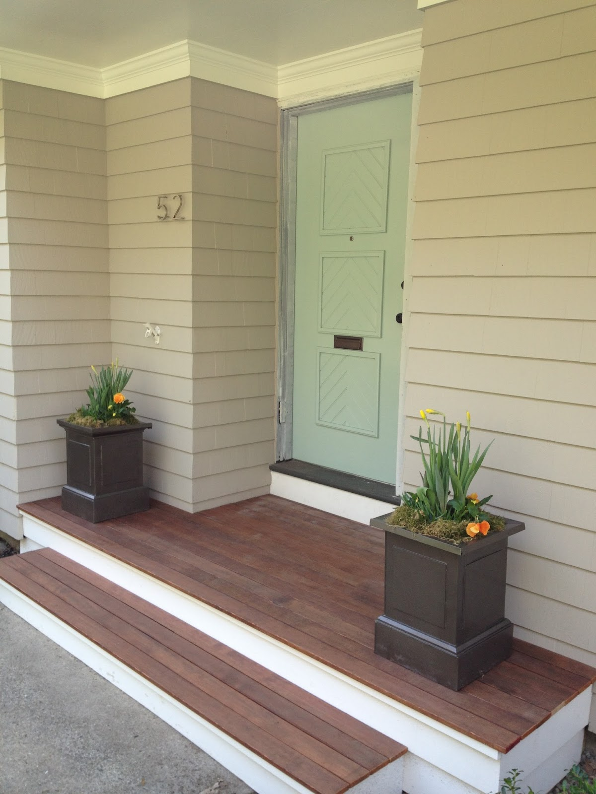 GORGEOUS SHINY THINGS: Porch Talk