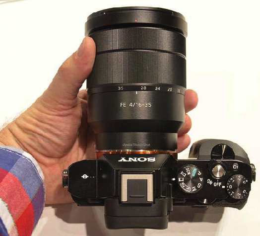 sony zeiss 16-35mm e-mount samples specs
