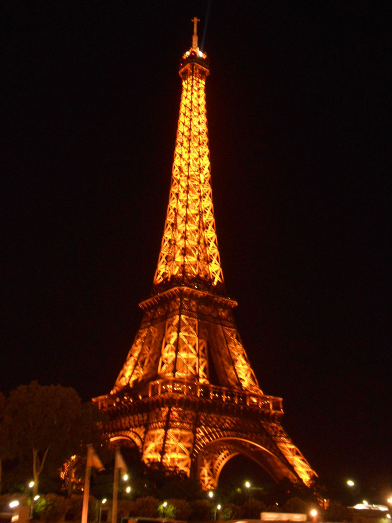 related to eiffel tower - photo #18
