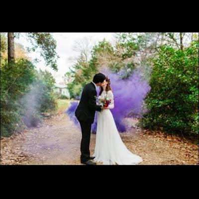 Ide Fotografi Dengan Smoke Bomb / Pipa Asap / Hand Flare
