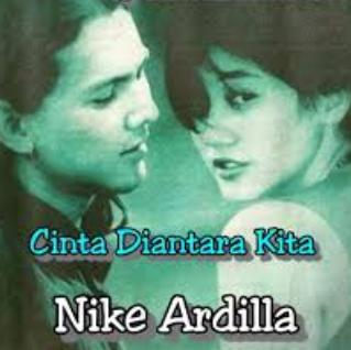 Nike Ardilla - Cinta Diantara Kita Mp3