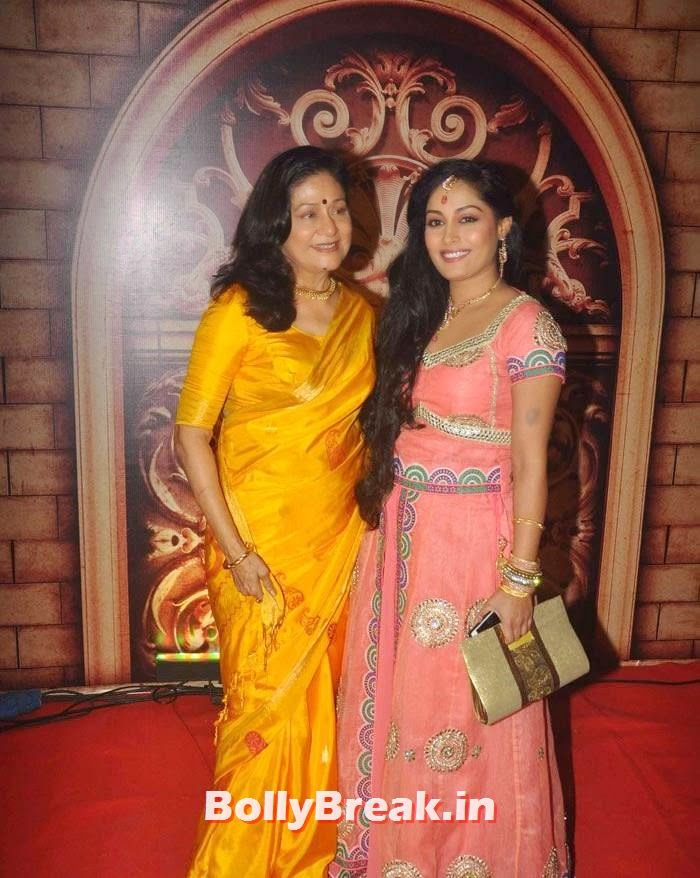 Aruna Irani, Zee Rishtey Awards 2014 Photo Gallery